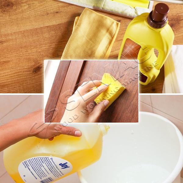 Dùng dung dịch tẩy rửa vệ sinh cửa gỗ