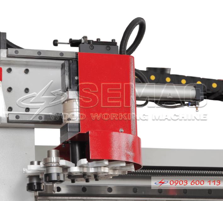 khay chứa dao thay tự động máy cnc 3 trục
