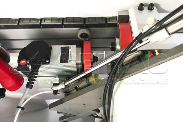 bộ phận cắt chỉ máy dán cạnh nghiêng 45 độ
